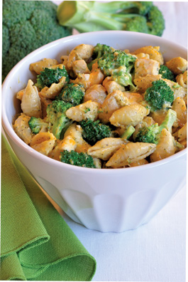 Chicken-Broccoli-&-Cheese-Skillet-Meal