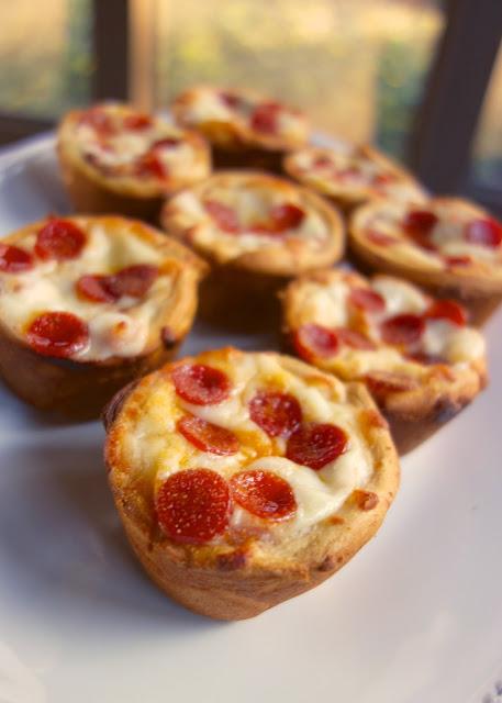 deep-dish-pizza-cupcakes
