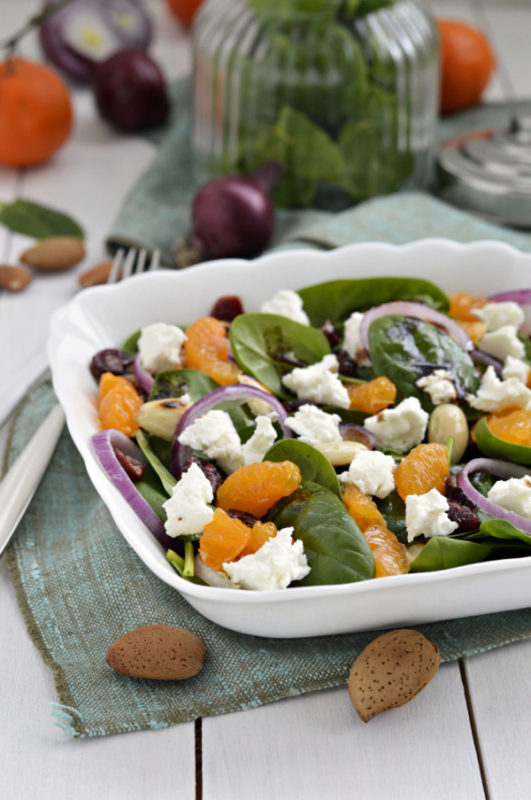 http://12tomatoes.com/2014/09/flavorful-salad-recipe-mandarin-orange-goat-cheese-and-spinach-salad.html