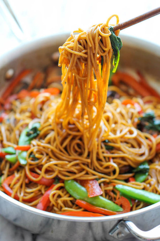 http://damndelicious.net/2014/10/03/easy-lo-mein/