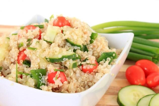 http://www.ahlanlive.com/recipe-quinoa-salad-with-apricot-and-pistachio-521104.html