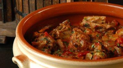 http://sevilla.abc.es/tusrecetas/recetas/andalucia/cordero-al-chilindron.html