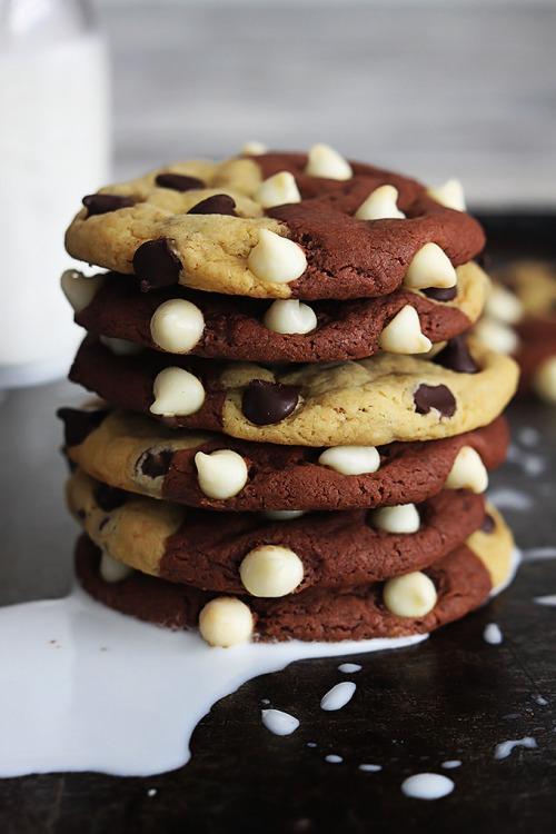 http://lecremedelacrumb.com/2014/12/true-love-cookies-aka-brookies.html
